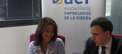 AER y ANET firman un acuerdo de colaboración para la formación de conductores profesionales (CAP)